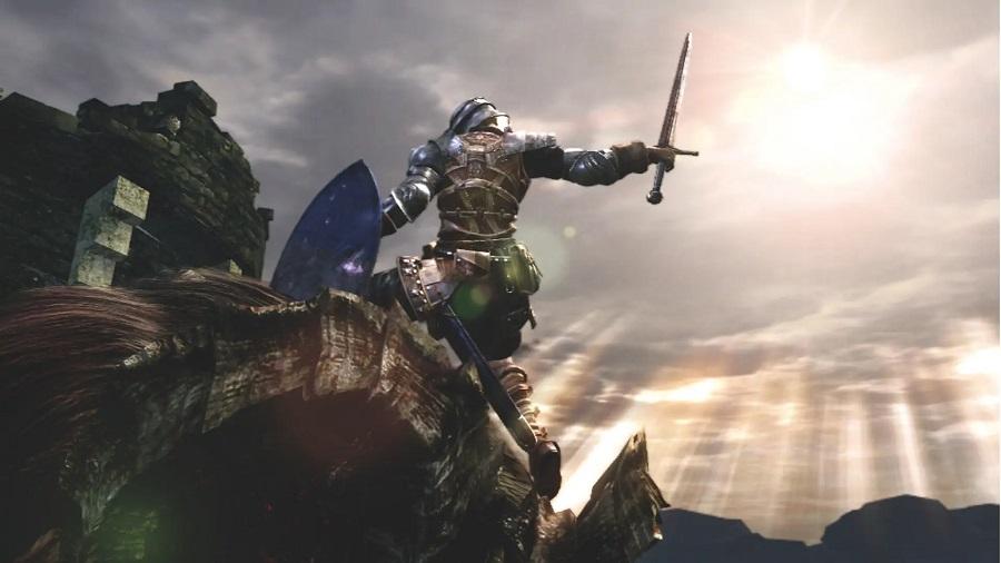 меч в руке