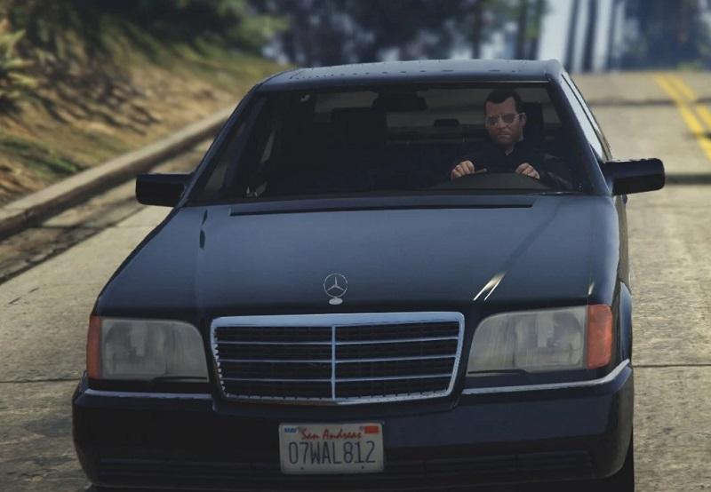 Mercedes Benz_3