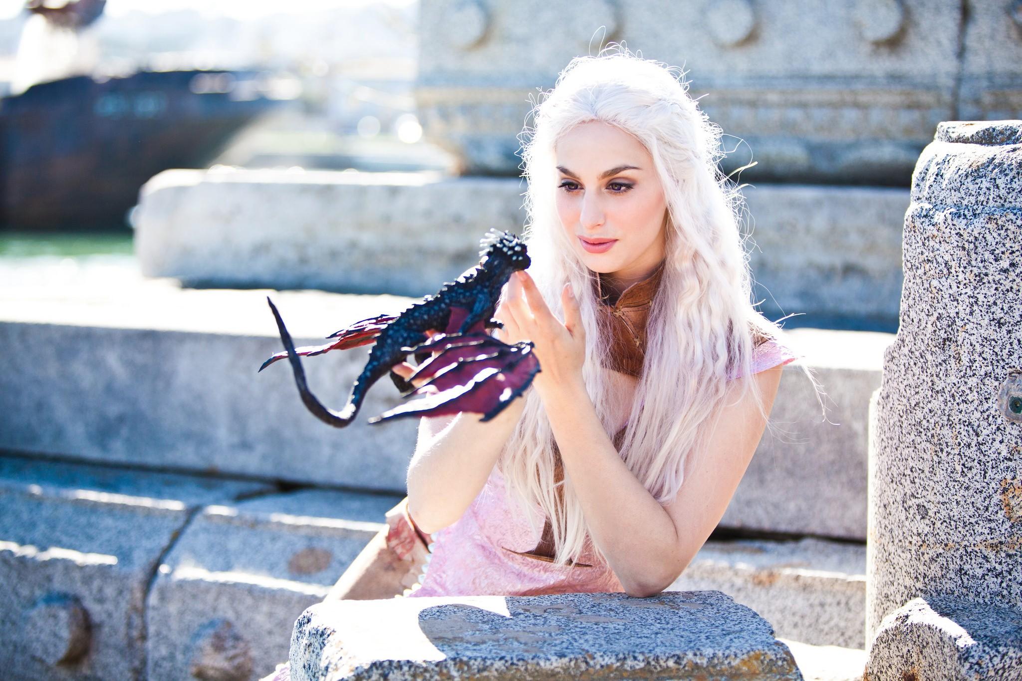 Карина с драконом